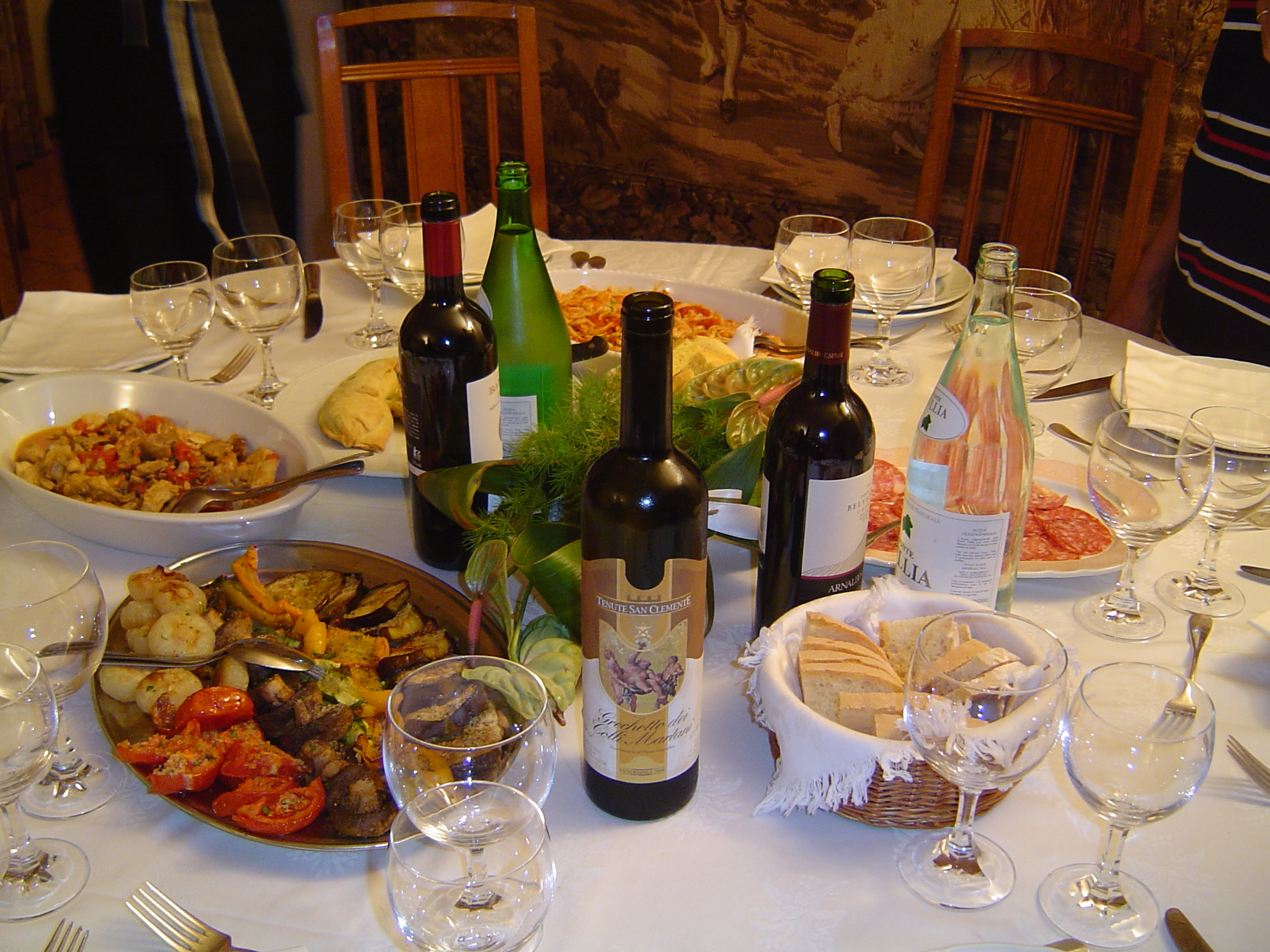 Tuscany travel guide top 5 reasons to go for Italian dinner