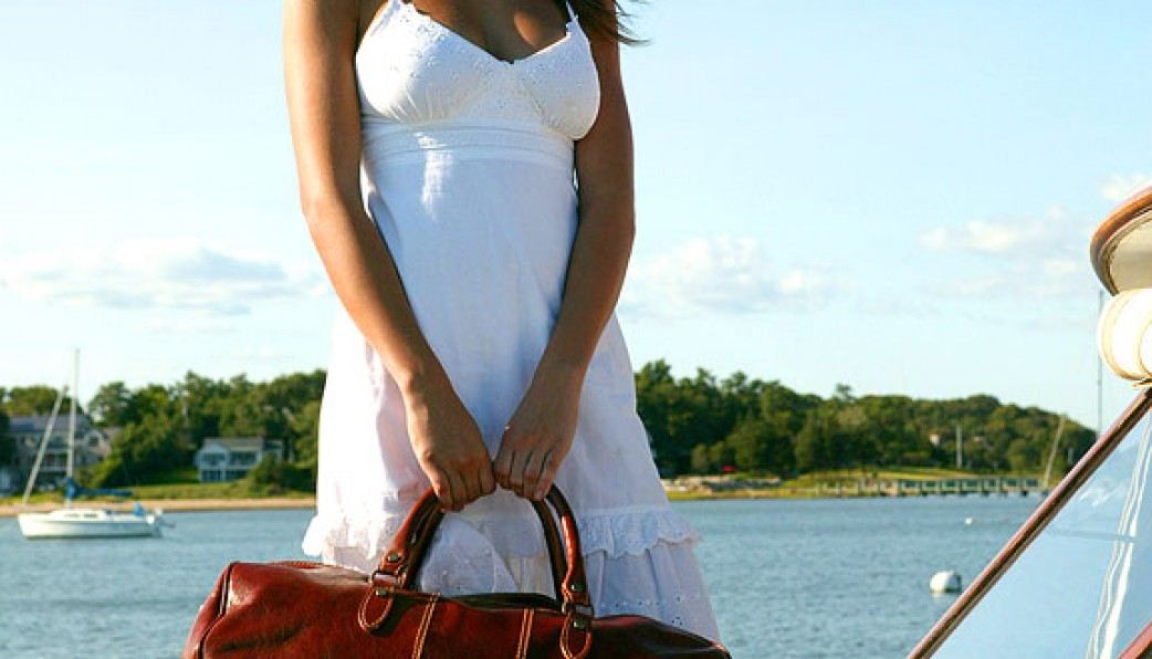 4a04ecf8782c The Perfect Weekend Bags For Women On The Go